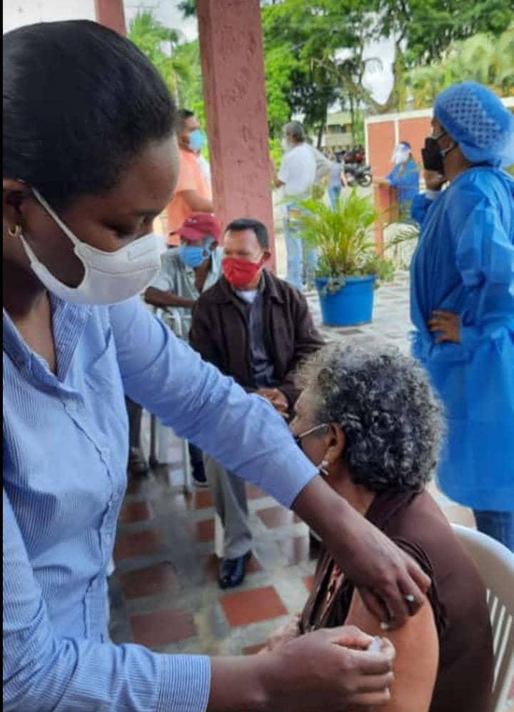 monagas alcanzo los 5 mil 95 adultos mayores vacunados contra el covid 19 laverdaddemonagas.com portada maria solarte
