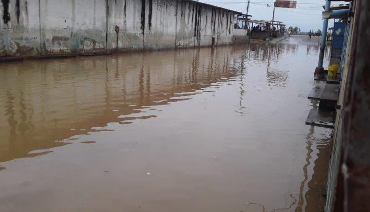 Más de 100 viviendas en Sotillo aún están bajo las aguas