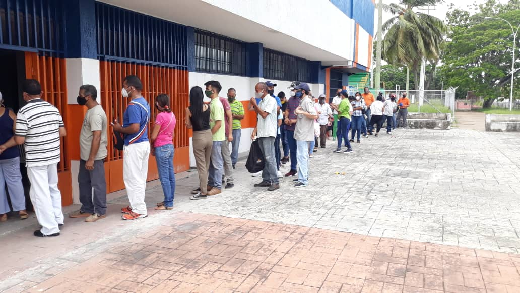 mas de 2 mil personas fueron vacunadas en el punto habilitado del polideportivo laverdaddemonagas.com img 20210614 wa0007