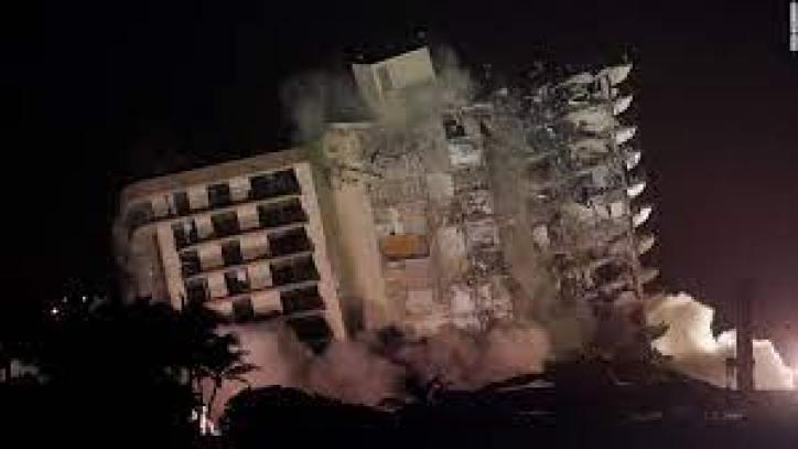 98 Fallecidos por el derrumbe del edificio en Miami