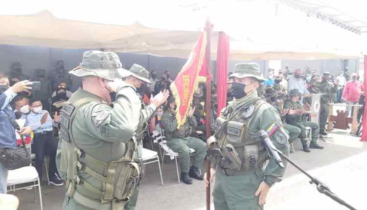 GD Pérez Mota recibe el mando de la Zodi de manos del GD Barrios Torres