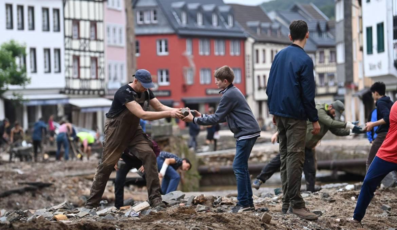 Suben a 161 los muertos en inundaciones al oeste de Alemania