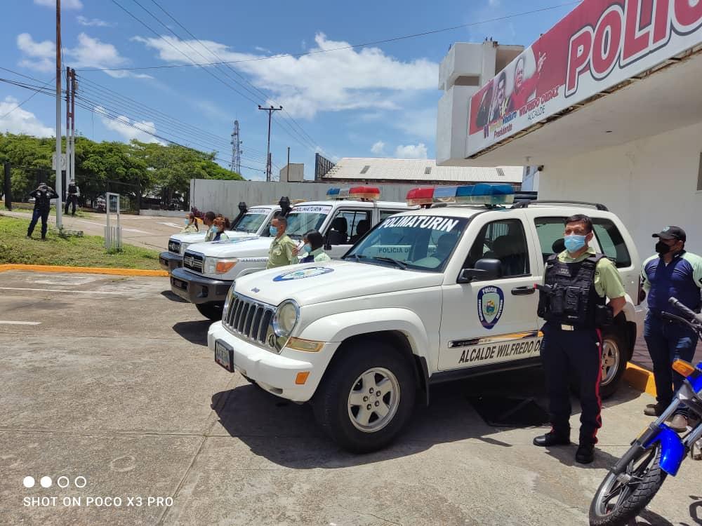 alcalde ordaz entrego tres patrullas repotenciadas a la policia municipal laverdaddemonagas.com polimaturin 3