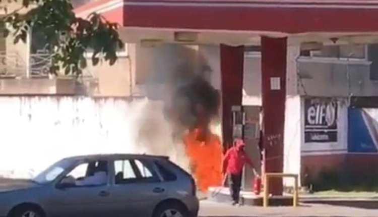 incendio moto gasolinera