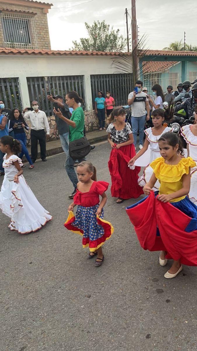 devocion a vallita presente a su paso por calles de maturin laverdaddemonagas.com va3