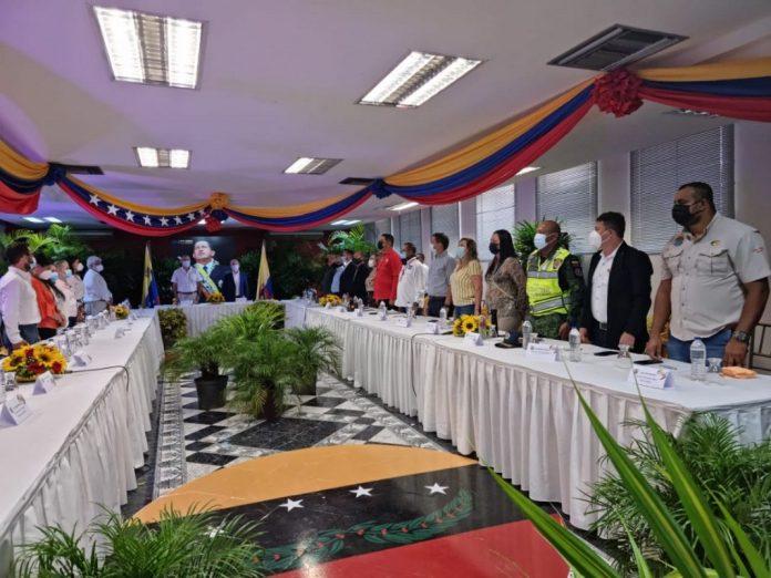 realizan mesa de trabajo para discutir apertura de la frontera con colombia laverdaddemonagas.com frontera 696x522 1