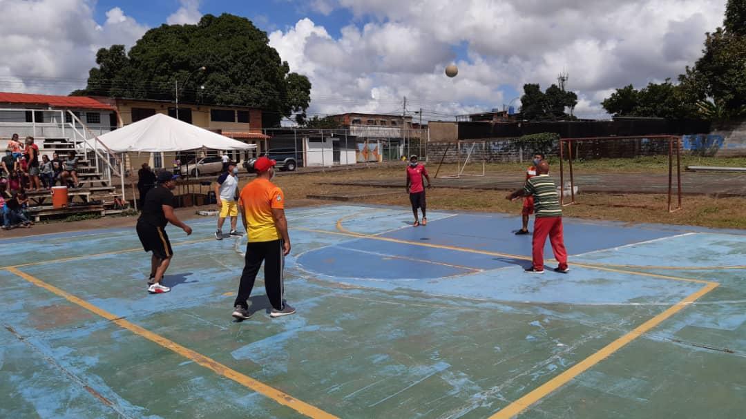 realizaron festival de voleibol en las cocuizas laverdaddemonagas.com whatsapp image 2021 09 24 at 9.57.33 am 1