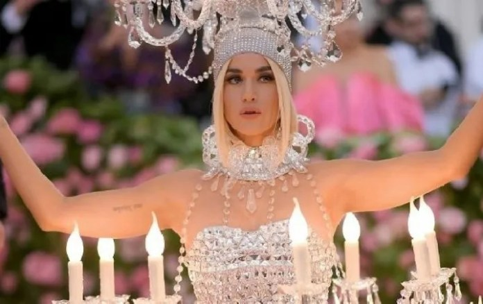Katy Perry sends emotional messages to the victims of the coronavirus in Italy