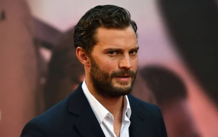 """Star of """"Fifty Shades of Grey"""" returns to Instagram with explosive photo"""