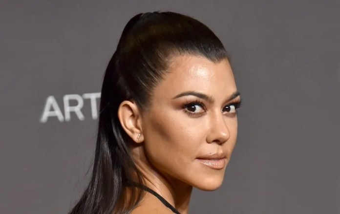 Kourtney Kardashian stars in new FIGHT with another of their sisters/Photo: Hello