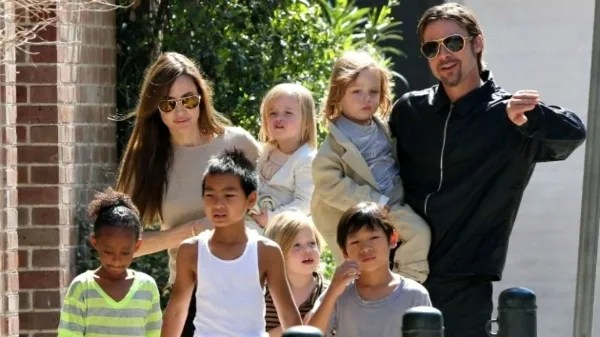 Actors Angelina and Brad are parents of 6 children/Photo by: Antena 3