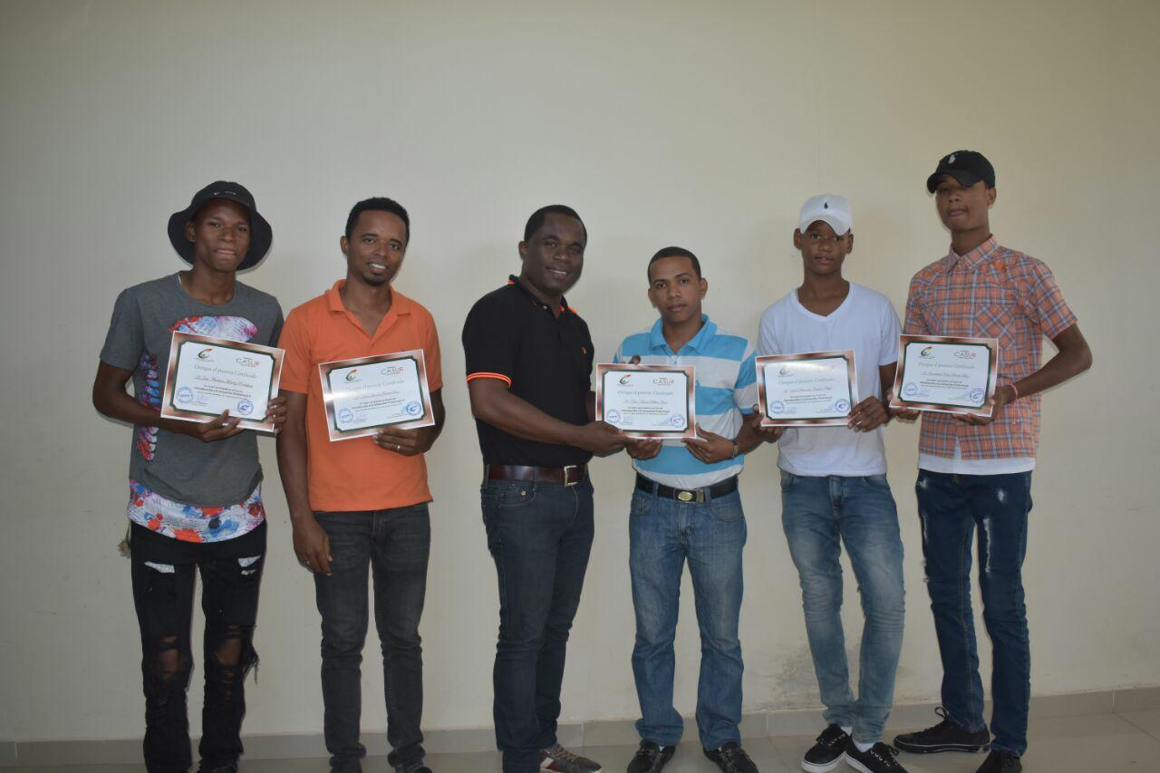 """BARAHONA: Cultura capacita jóvenes en """"Actuación Profesional"""""""