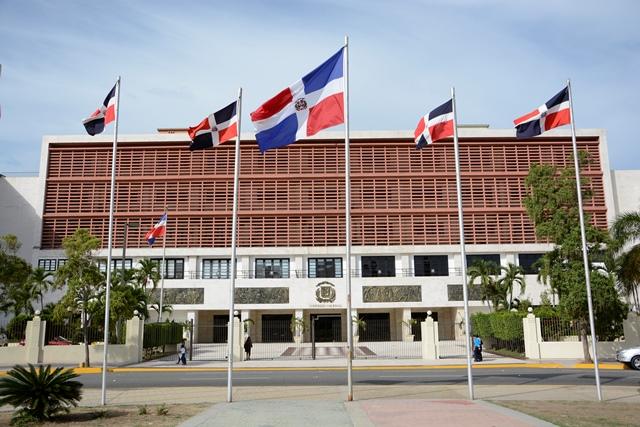 Desorden en la Cámara de Diputados impide elección del bufete directivo