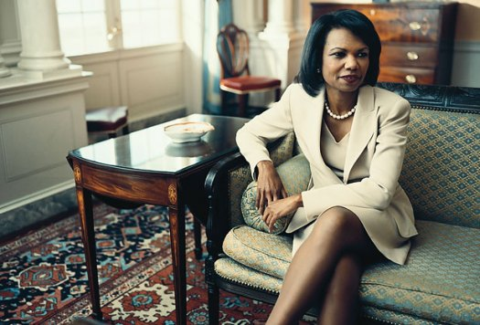 Condoleezaa Rice looking fantastic in her dress suit. Very original, very classic.