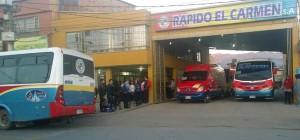 Los buses también estuvieron estacionados. Foto: Natalia Gómez.