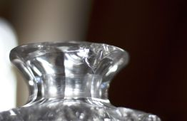 chipped decanter rim