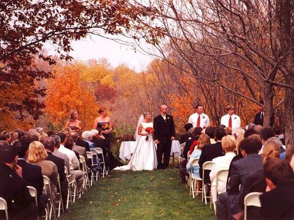 Benefits Of Having A Fall Wedding