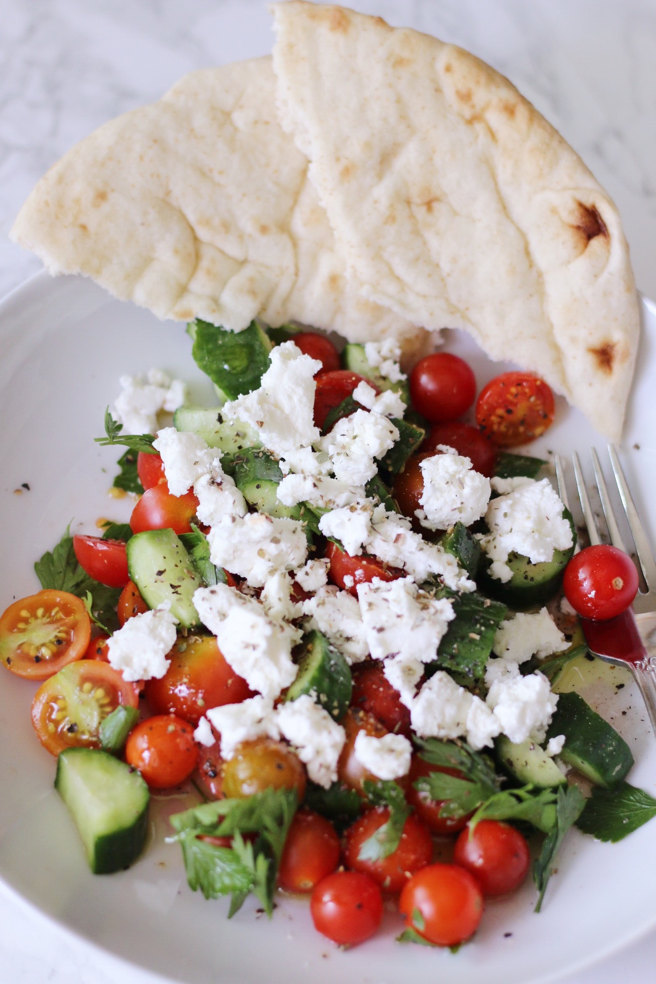 GREEK TOMATO SALAD