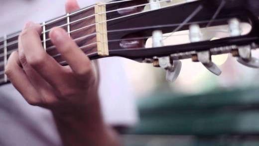 La Vitrola.cl : Carlos Hernández – Cientos de Años