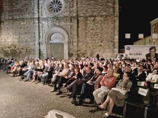 Pubblico per Sgarbi ad Atri