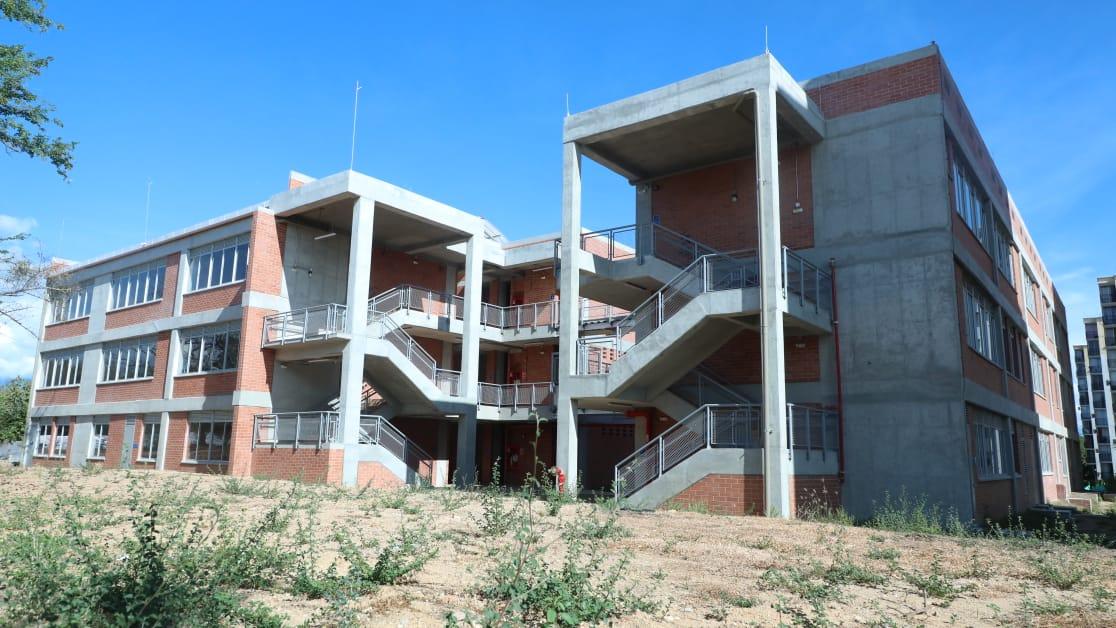 Nuevo colegio Claretiano de Neiva a fase final de construcción | La Voz de  la Región