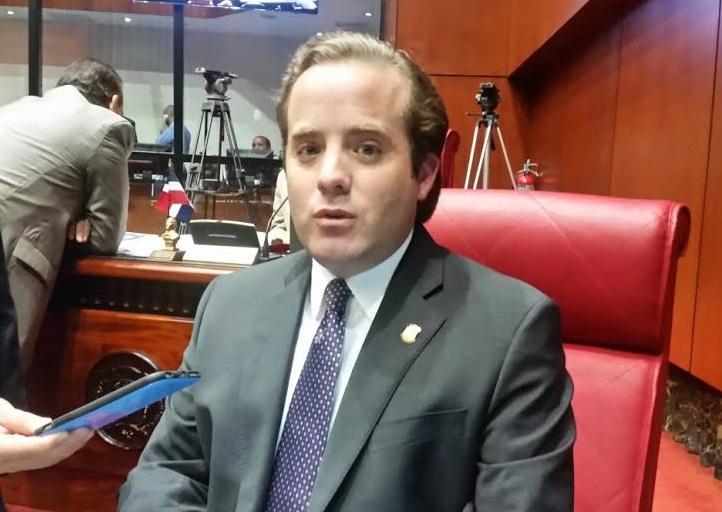 Legisladores PRM afirman Camacho debe responder a interrogantes sobre su patrimonio