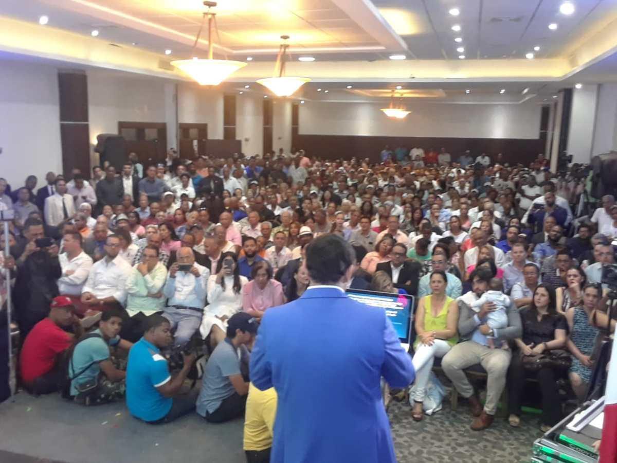 Dr. Daniel Rivera lanza pre-candidatura Senador por Santiago