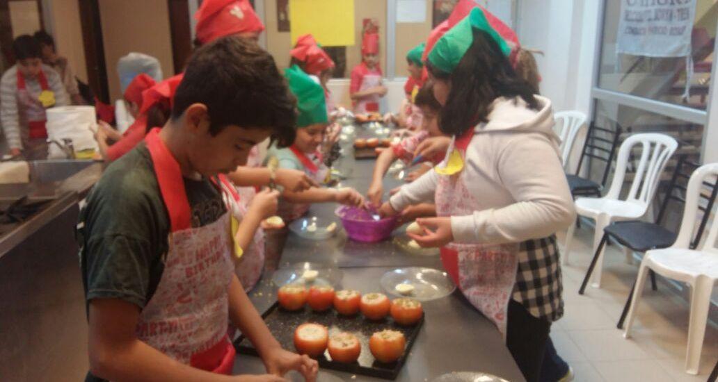 Comenzo el taller «Cocineritos» en Uthgra