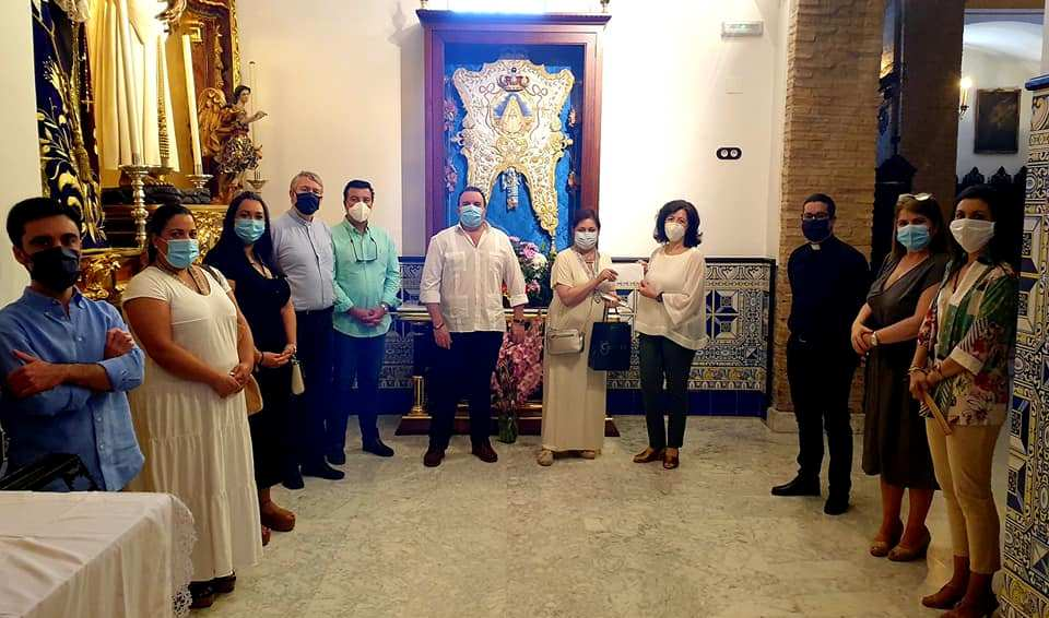 La Hermandad del Rocío recauda mil euros para Cáritas con su 'Camino Solidario'