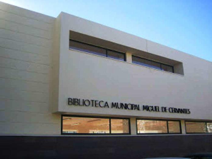 La biblioteca municipal reabre sus puertas este jueves