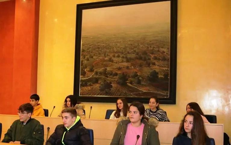Diputación renueva la cesión temporal de la obra 'Paisajes de la Vega', de Juan Roldán, al Ayuntamiento de El Viso