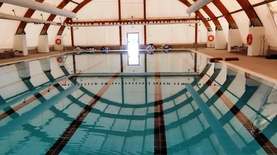 El Ayuntamiento sí abrirá la piscina de invierno a partir del 13 de octubre