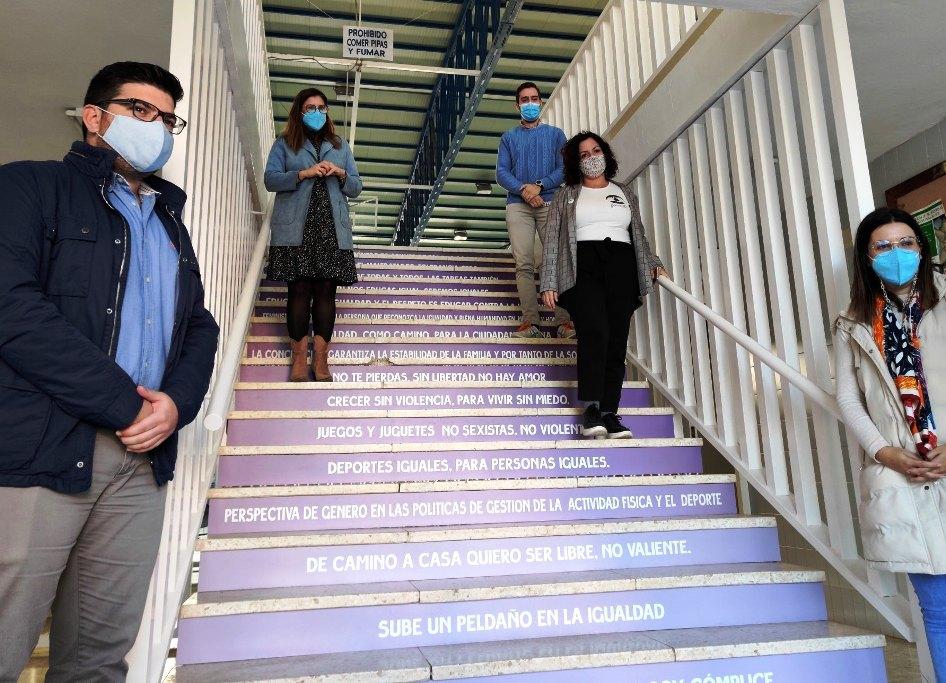 25-N: Inaugurada las 'Escaleras de la Igualdad'