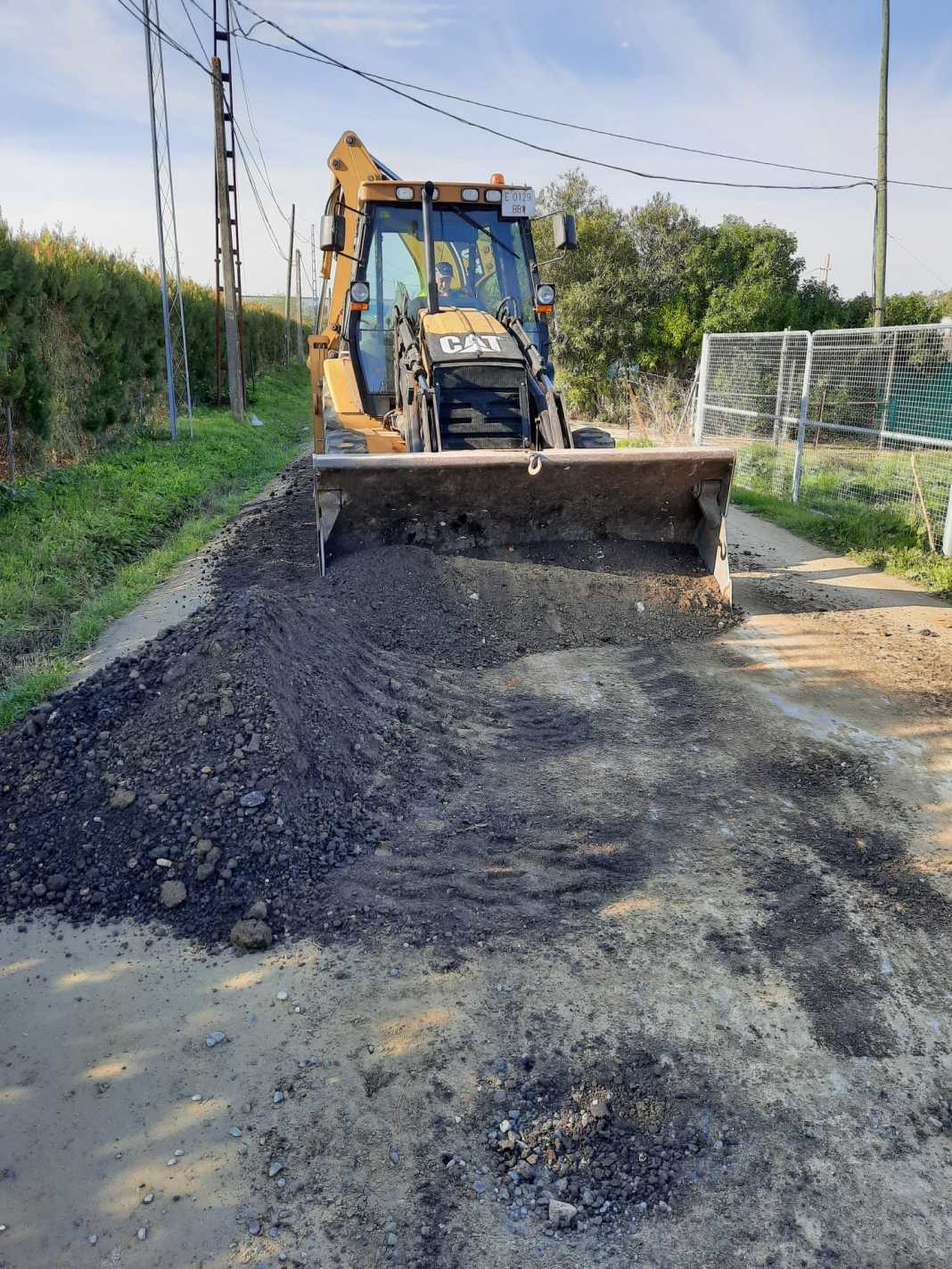 Carmona pone en marcha un plan de mejora de caminos 1