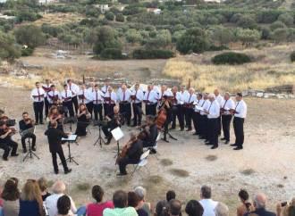 Η Χορωδία Λαυρίου Στο Αρχαίο Θέατρο Θορικού