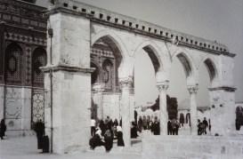 Haram al-Sharif before afternoon prayer