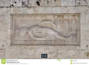 tomb-unknown-soldier-marble-sculpture-dying-ancient-greek-hoplite-warrior-holding-his-shield-spear-athens-greece-42949806