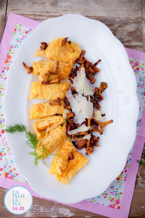 omlet-z-kurkami
