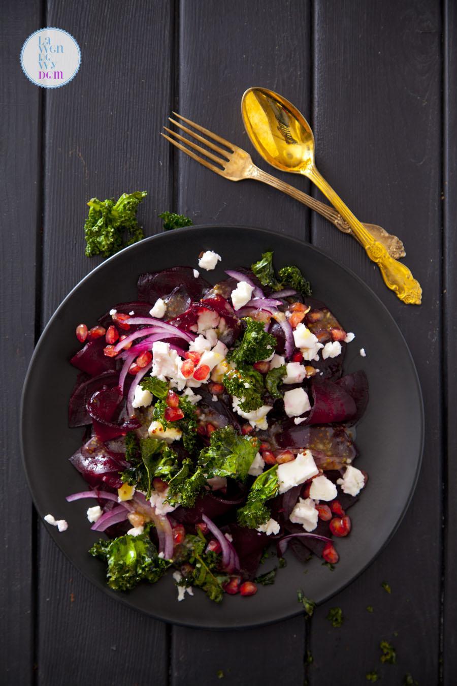 zimowa-salatka-z-pieczonych-burakow-przepis_07