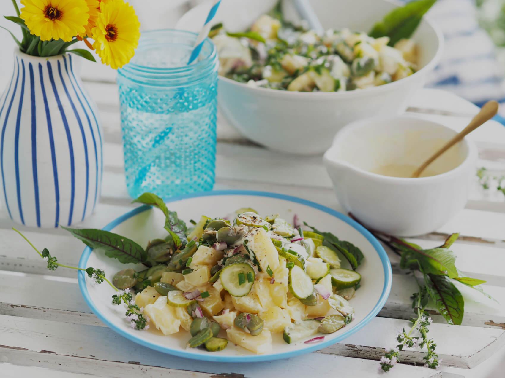 Rewelacyjna sałatka ziemniaczana z bobem