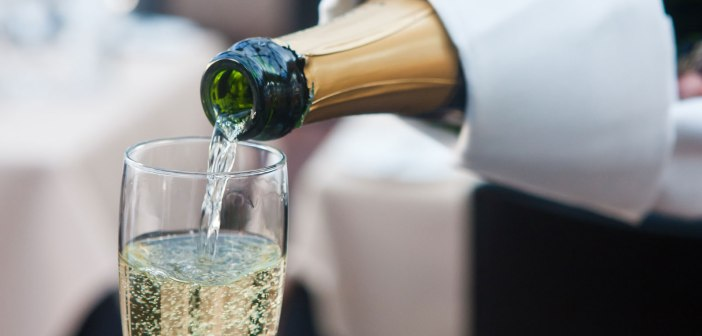 Who can sell Champagne?   Case Summary: Comite Interprofessionnel Du Vin De Champagne v Chinar Agro Fruit Products