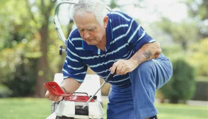 Best Lawn Mower for Senior Citizens