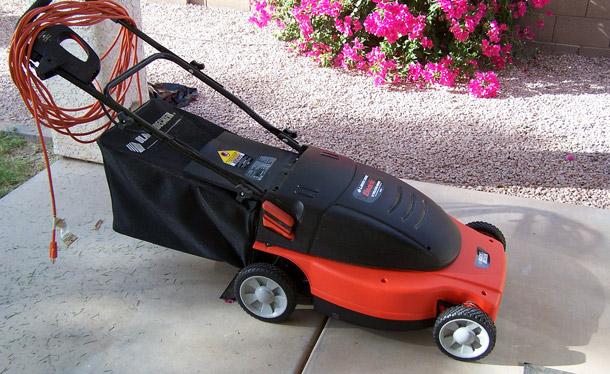 Choosing the Right Electric Lawn Mower for Your Yard