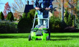 Best Cordless Lawn Mowers: 2018 Reviews & Buying Guide