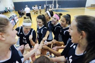 LA volleyball v. Middlesex School. Jon Chase photo