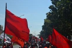 Massa aksi front Gerakan Buruh untuk Rakyat