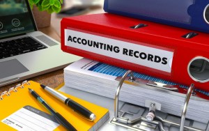 Accounting records for Panamanian corporations and Foundations