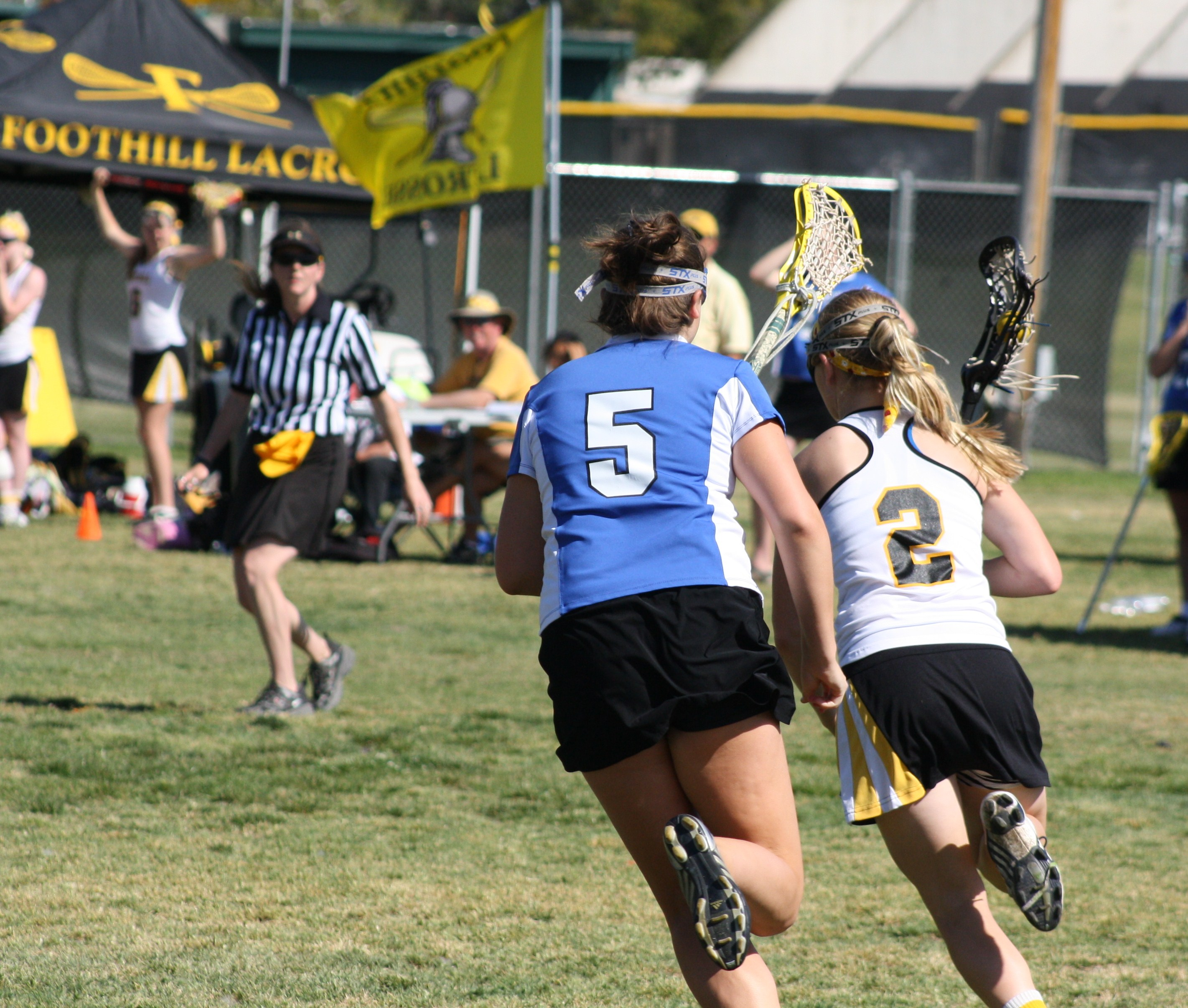 Foothill High School Varsity Girls defeated Cate School 11-10 on Saturday.