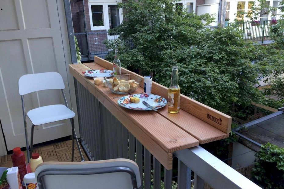 outdoor furniture for small balcony