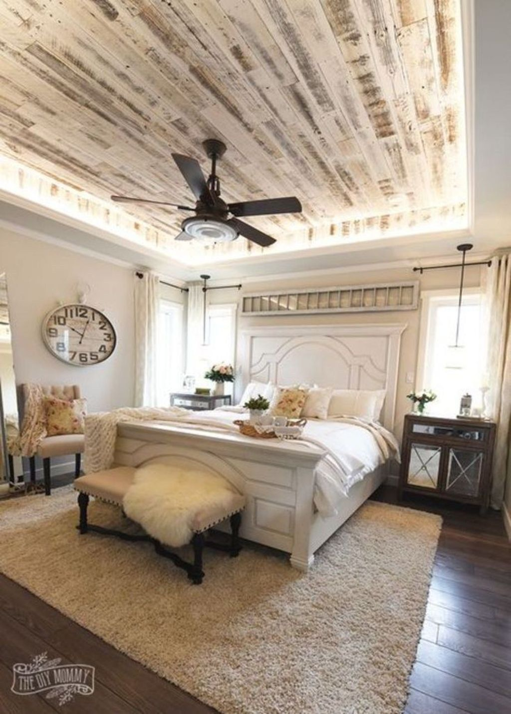 relaxing rustic farmhouse master